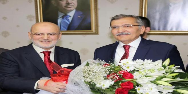 Yücel Çelikbilek Koltuğunu Murat Aydın'a Teslim Etti!