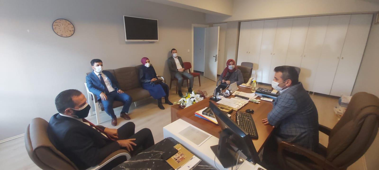 Öğretmenler Günü Beykoz'da buruk kutlandı