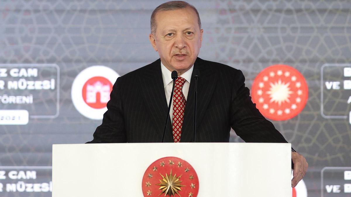 Cumhurbaşkanı Erdoğan Beykoz Cam ve Billur Müzesini açtı
