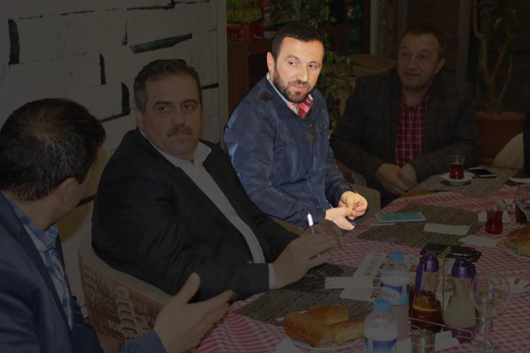 AK Partili Fatih Yılmaz partisini topa tuttu