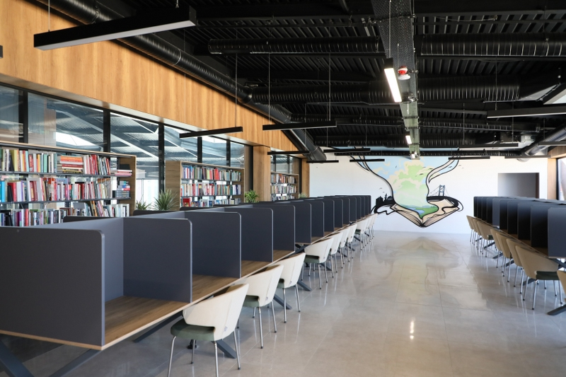 Beykoz'da 16 bin kitaplık kütüphane