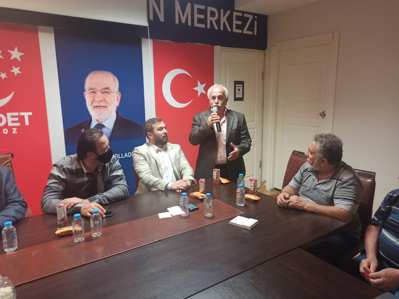Beykoz'da bir İlçe Başkanı Saadet Partisi'ne katıldı